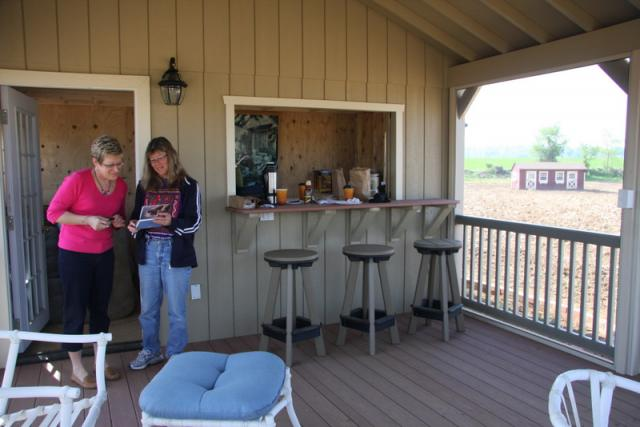 Lapp Structures Quality Amish Built Poolhouse Cabana